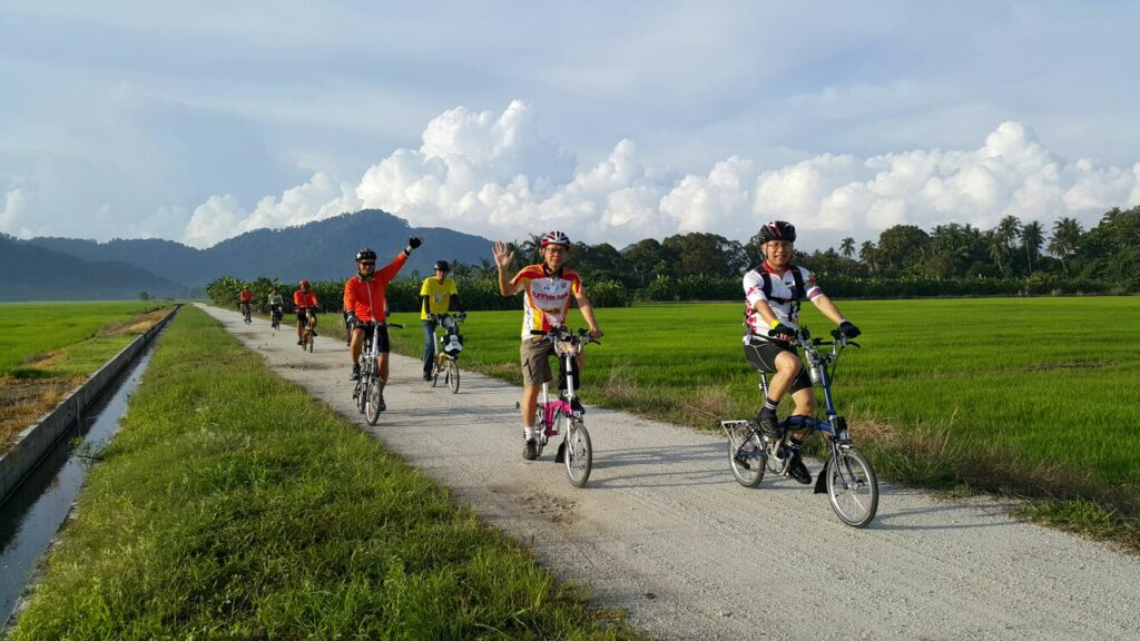 The first cycling routes in Malaysia is Balik Pulau Cycling Lane in Penang.