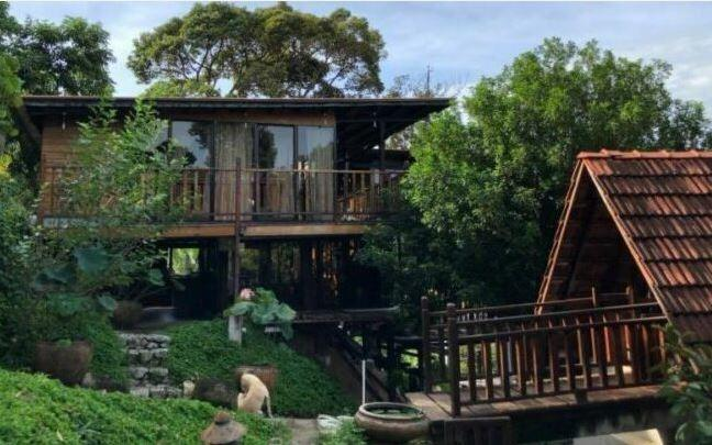 Bao Sheng Durian Farm Guest House - Stay one night to hear the sound of dropping durians.